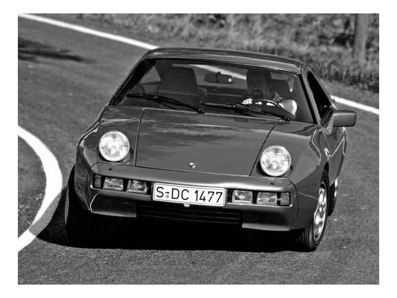 Porsche_928_Coupe_1977 2