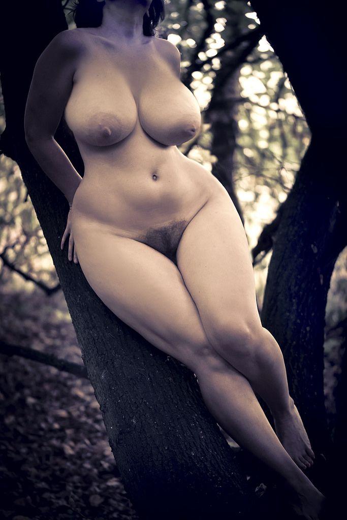 женщины пышные эротические фото