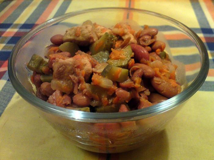Рагу из фасоли и свинины с овощами 00.jpg