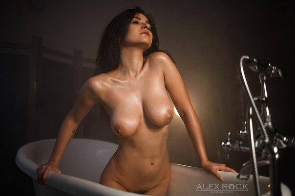 Алекса давалос фото голая
