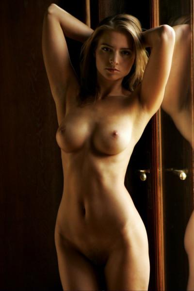 Фото голых моделей скачать