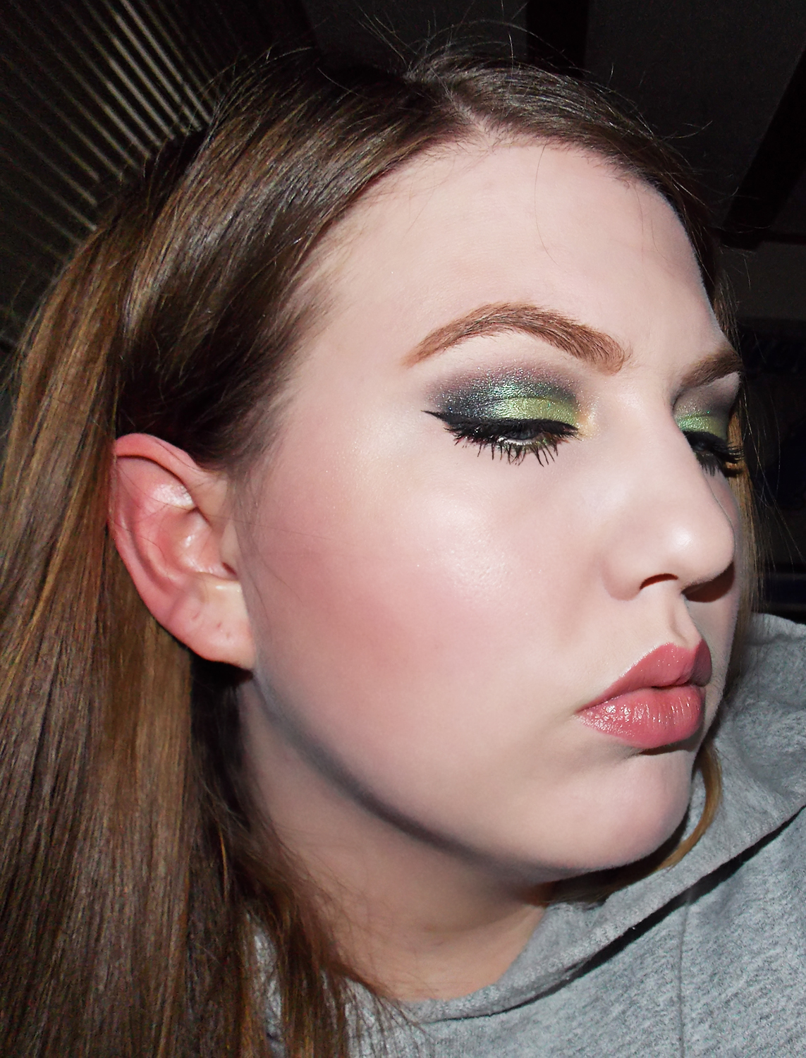 FOTD: Dare to Wing it :) - My Makeup Review