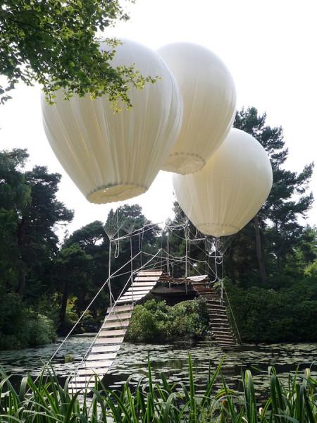 Three-Giant-Balloons-3