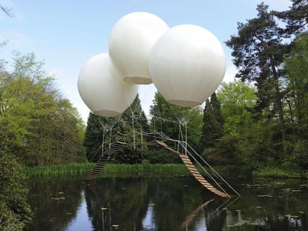 Three-Giant-Balloons-1