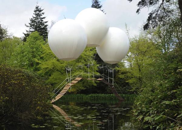 Three-Giant-Balloons-2