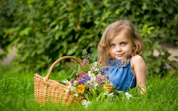 devochka-leto-cvety-nastroenie-6526