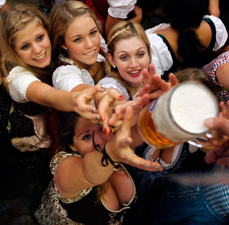 Germany_Oktoberfest-99fb19786172492cbff3eeab8e76d44c