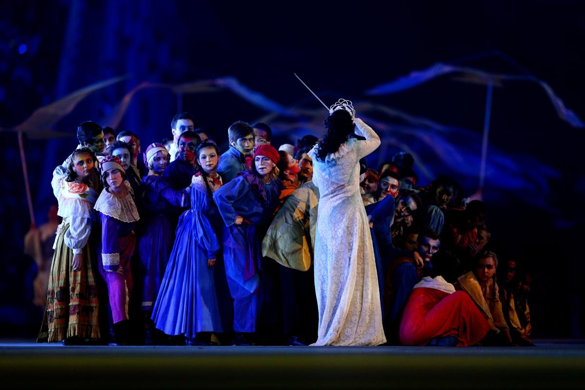 2014-winter-olympic-games-closing-20140223-172615-175