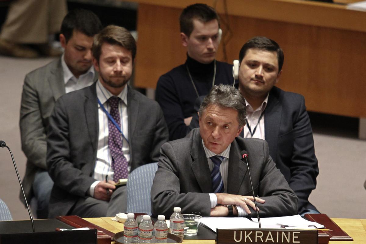 2014-03-01T220926Z_1051338034_GM1EA320GZE01_RTRMADP_3_UKRAINE-CRISIS-UN