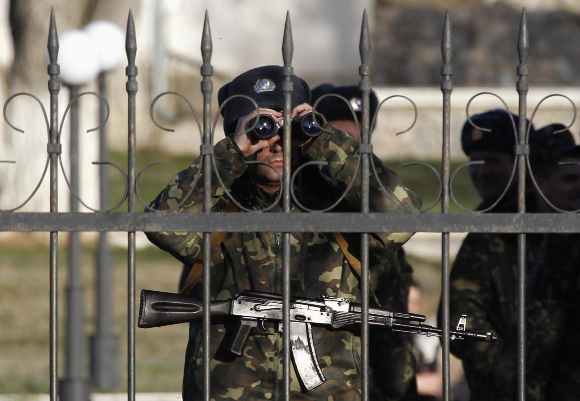 2014-03-03T145310Z_61853335_GM1EA331RHO01_RTRMADP_3_UKRAINE-CRISIS