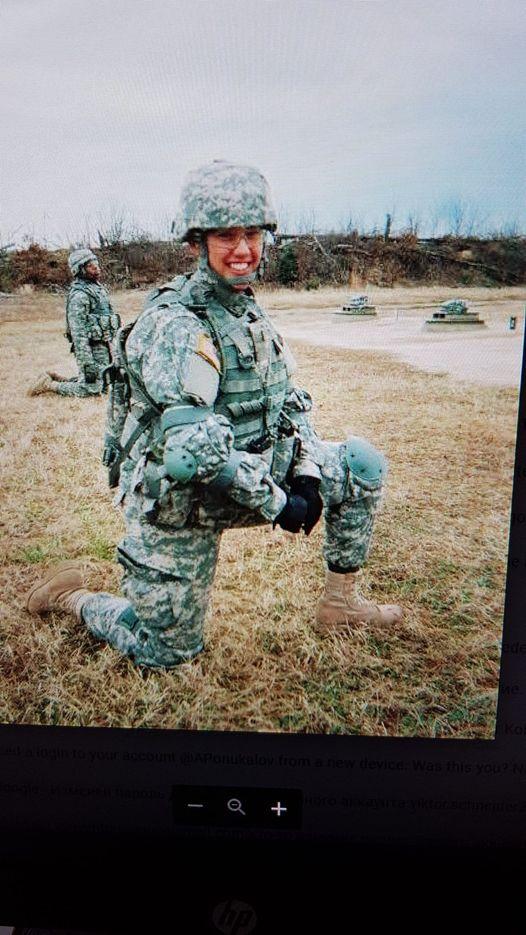 Sergeant Emelia Brown aus Tempe, Arizona, Vereinigte Staaten von Amerika