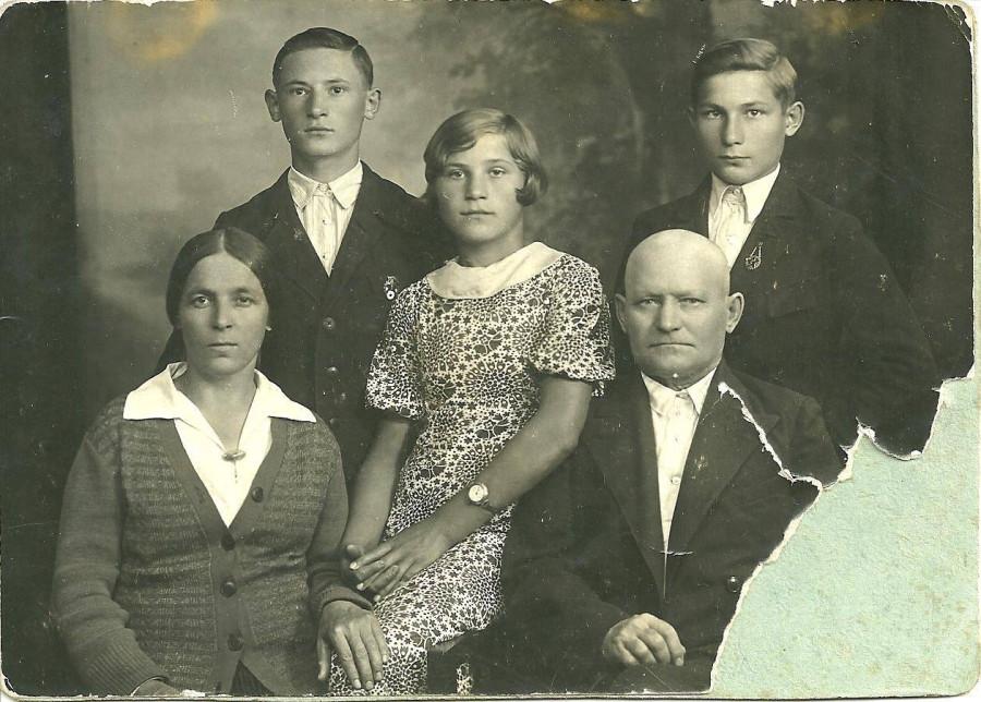 хозяйка архив семьи курдюковых фото этот