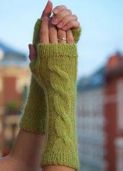 новые перчатки из старого свитера
