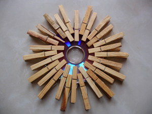 обычные деревянные прищепки