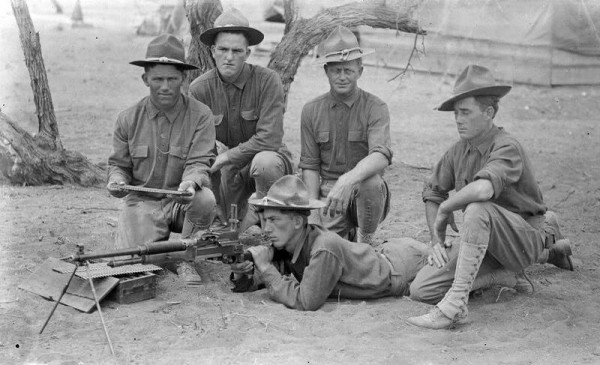 5man mg platoon w Benet-Mercier Machine Rifle
