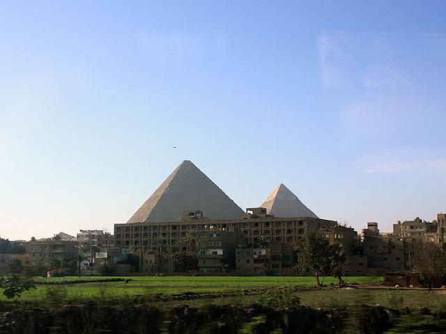 piramidy-gizy_resize