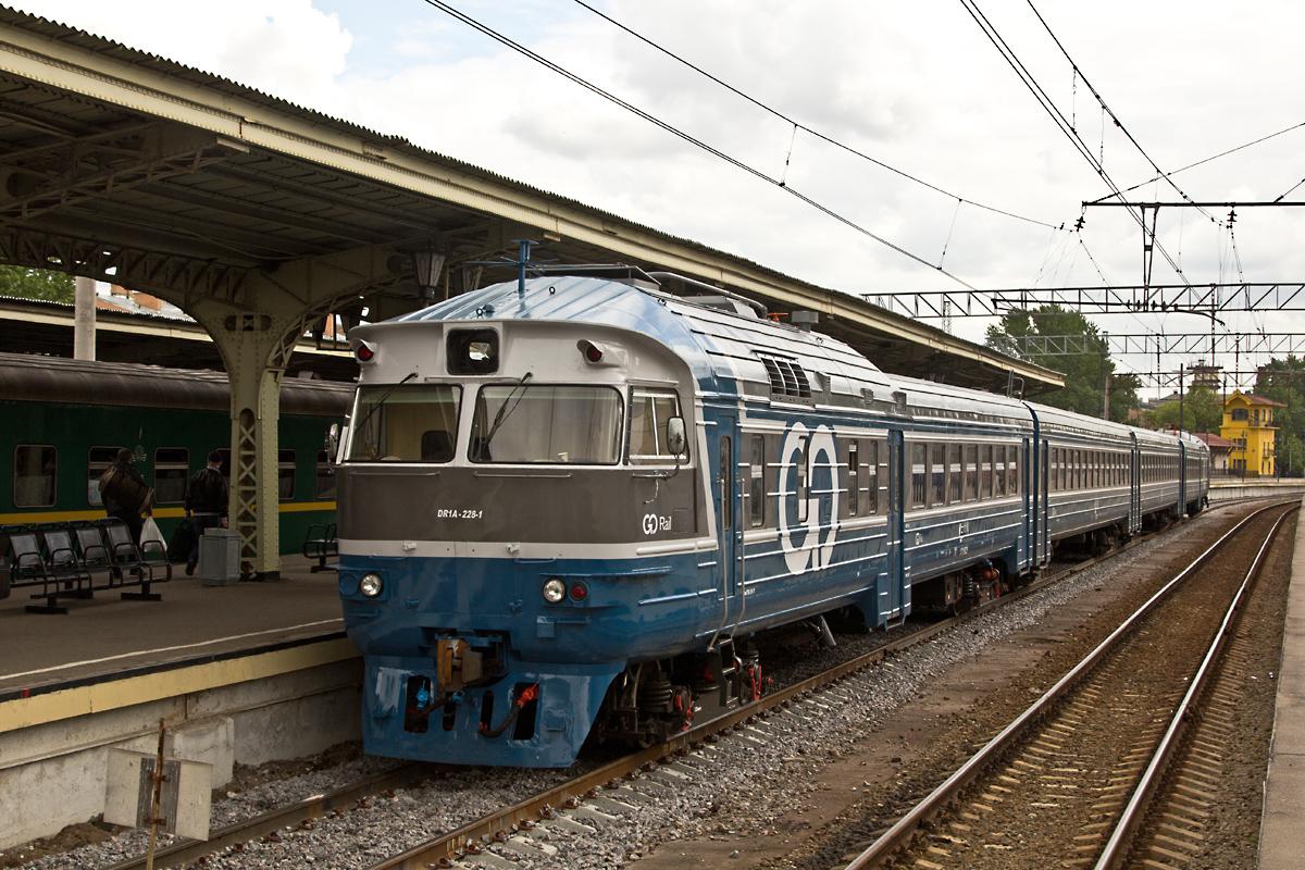 ДР1А-228/312. Витебский вокзал