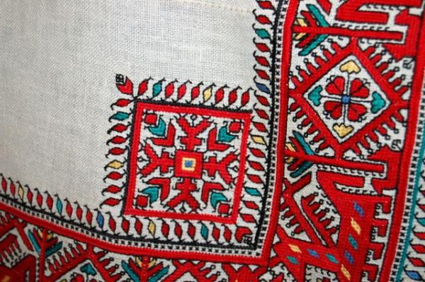 Цвет чувашской вышивки