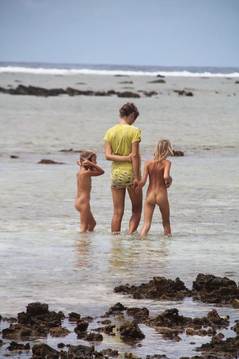 Фото голых маленьких нудистов