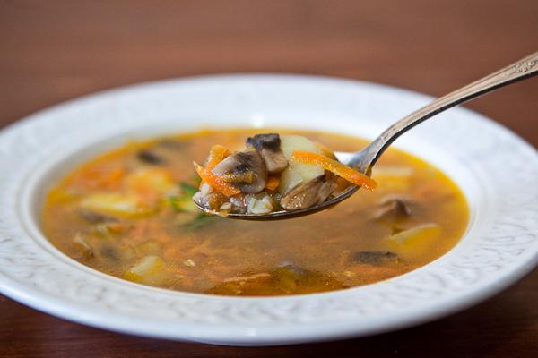 Суп грибной с гречкой с фото
