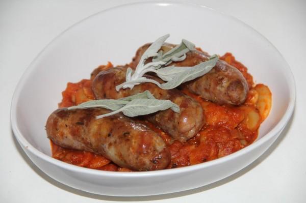Фасоль с колбасками по-флорентийски (аль-учеллетто)