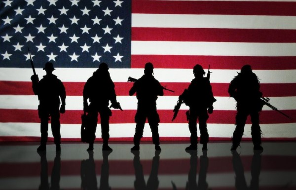 american_flag_soldiers__1__600x385