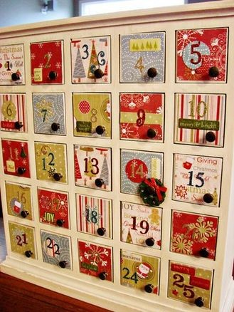 diy-advent-calendar-from-holiday-paper