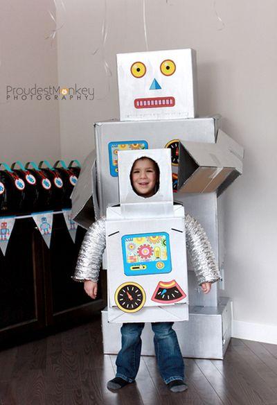 Поделка робот из коробок