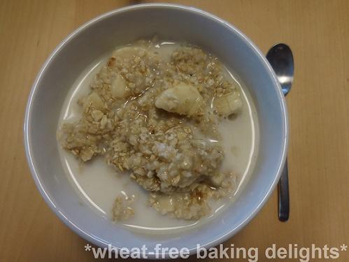 Banana maple syrup porridge 1
