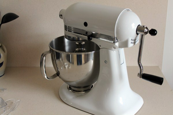 kitchen-aide-mixer-off-grid
