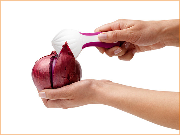 peeln-onion-peeler-best-kitchen-gadget