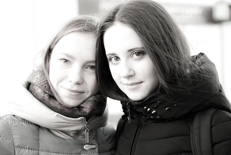 Две супер студентки сдают
