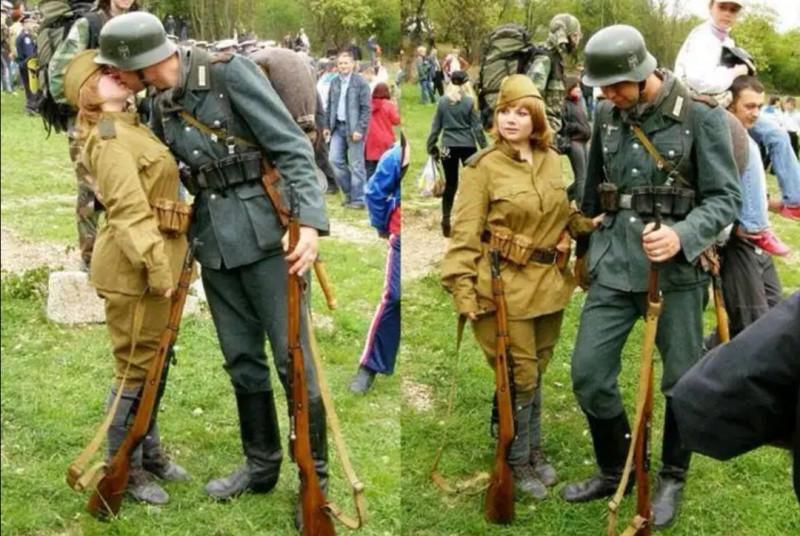 На Западе верят, что на этом фото целуются немецкий солдат и красноармейка на