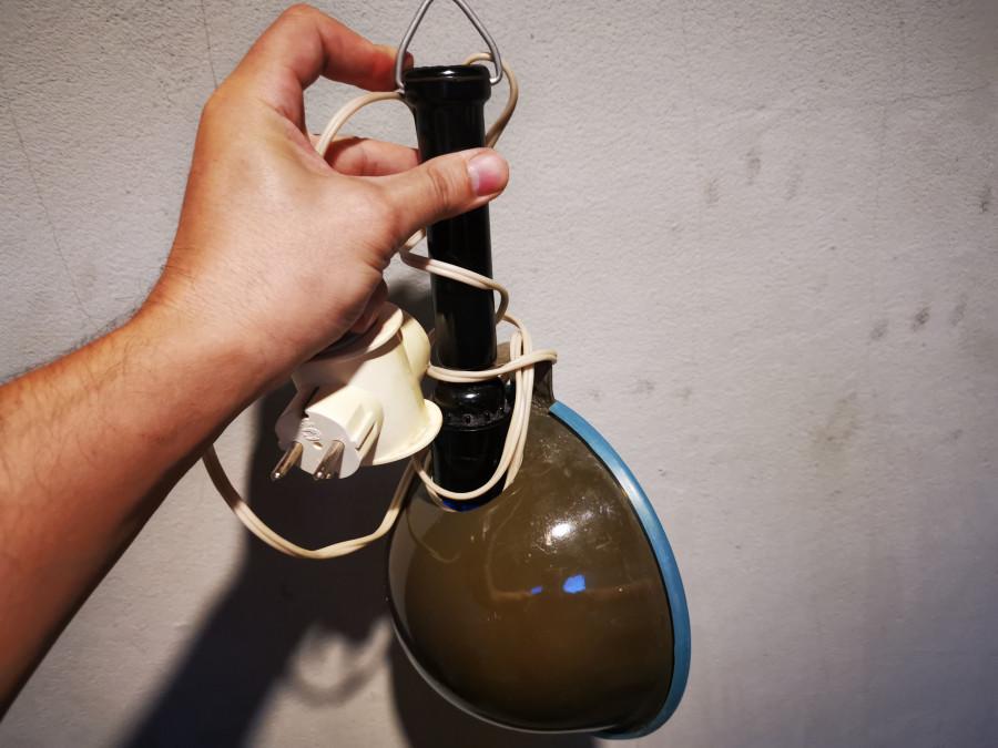 Обнаружился загадочный прибор в закромах бабули, кто знает, что такое?