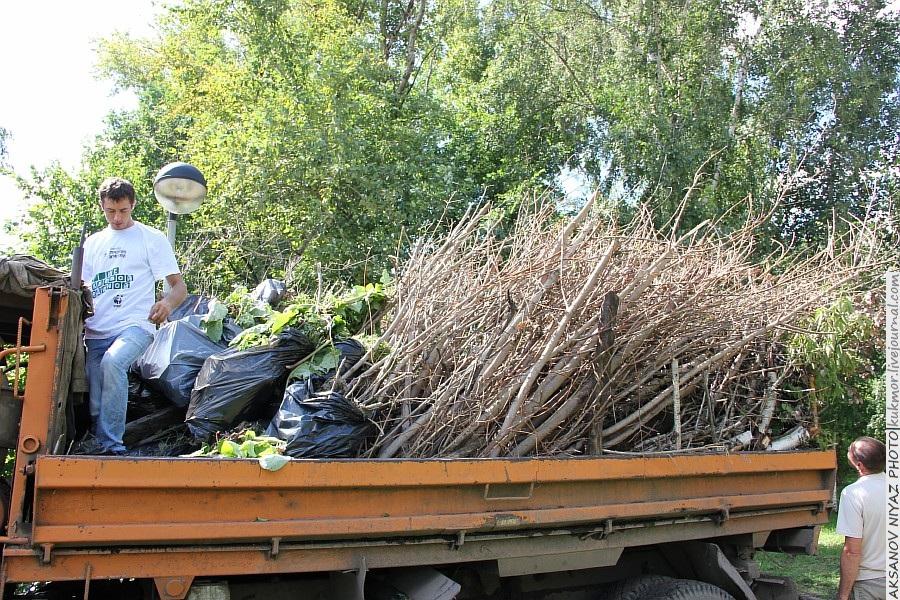 Парк Молодоженов Казань Блогер против мусора 2012 Зеленый парк  33