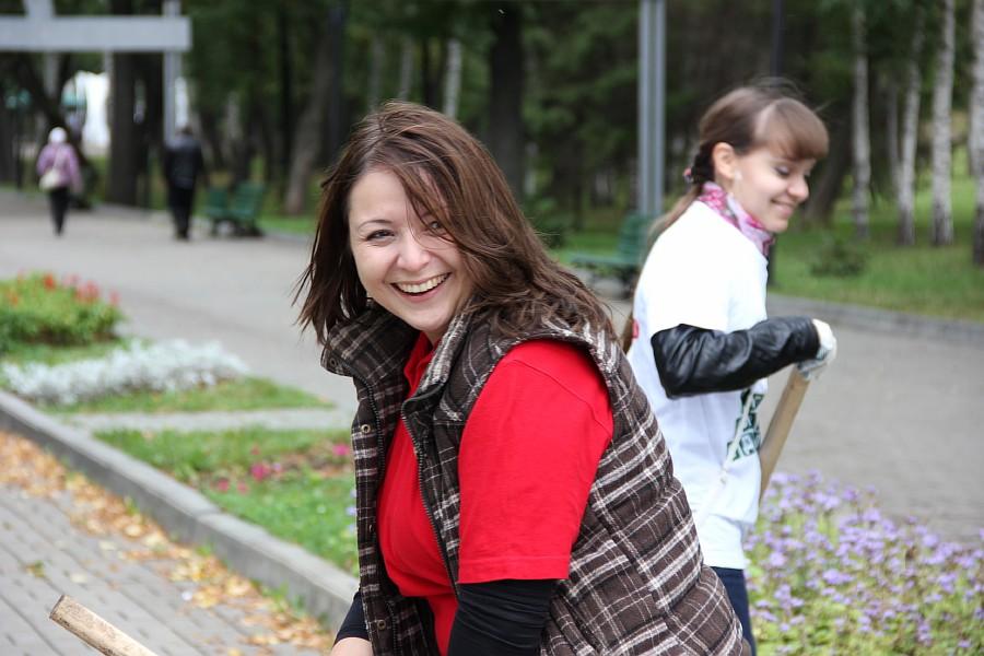 25 августа 2012 субботник в Казани 03