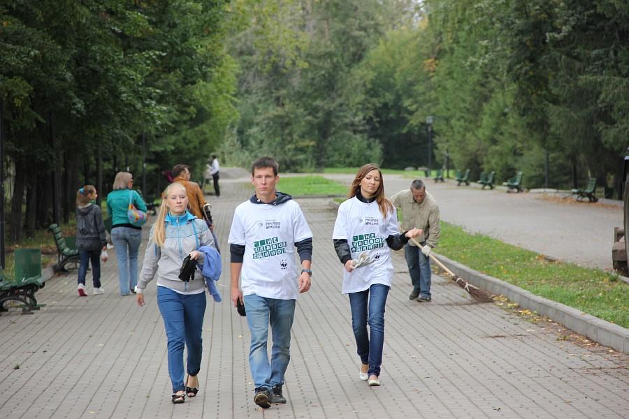 25 августа 2012 субботник в Казани 35