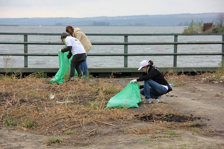 Блогер против мусора, экология, Казань, уборка, акция, фотография, блогеры, природа, kukmor,Блогер против мусора 2013 в Казани, of IMG_7359