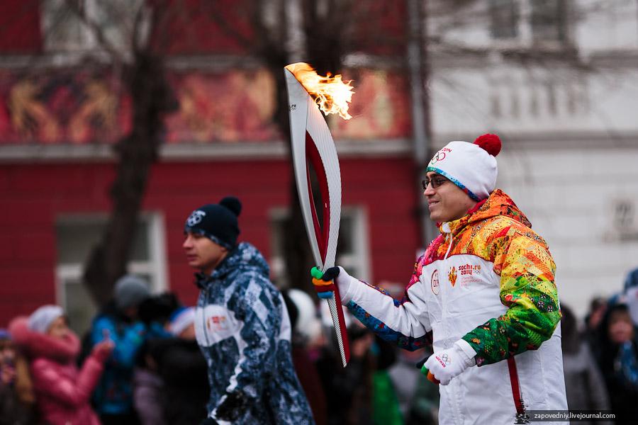 0_f3871_7c5f208e_orig, Олимпийский огонь, Аксанов Нияз, блогеры, kukmor, путешествия, фотография, sochi2014, Сочи2014, олимпиада,  Эстафета Олимпийского огня, Барнаул, Алтайский край