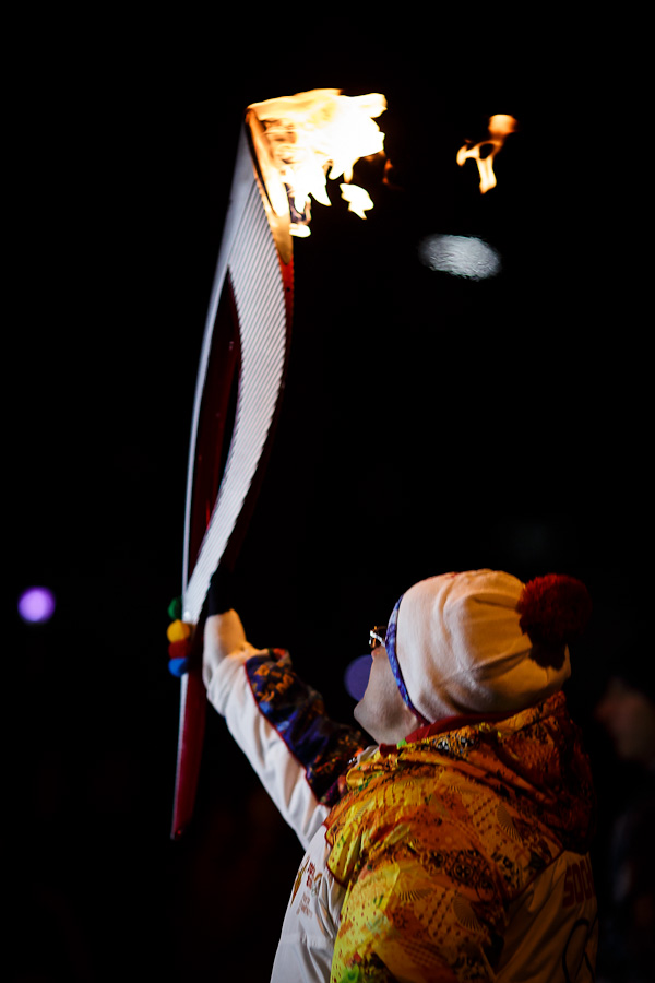 5III4475, Олимпийский огонь, Аксанов Нияз, блогеры, kukmor, путешествия, фотография, sochi2014, Сочи2014, олимпиада,  Эстафета Олимпийского огня, Барнаул, Алтайский край