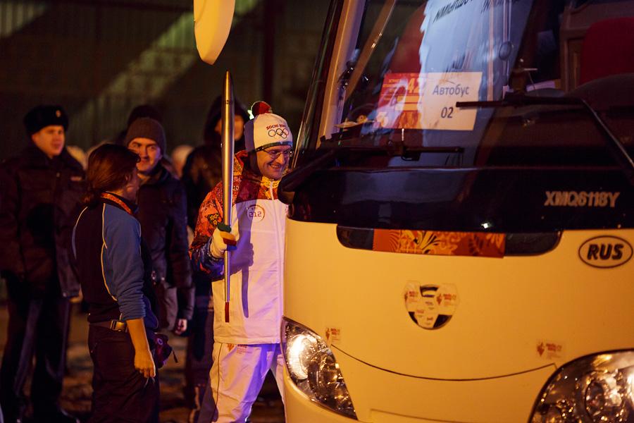 5III4504, Олимпийский огонь, Аксанов Нияз, блогеры, kukmor, путешествия, фотография, sochi2014, Сочи2014, олимпиада,  Эстафета Олимпийского огня, Барнаул, Алтайский край