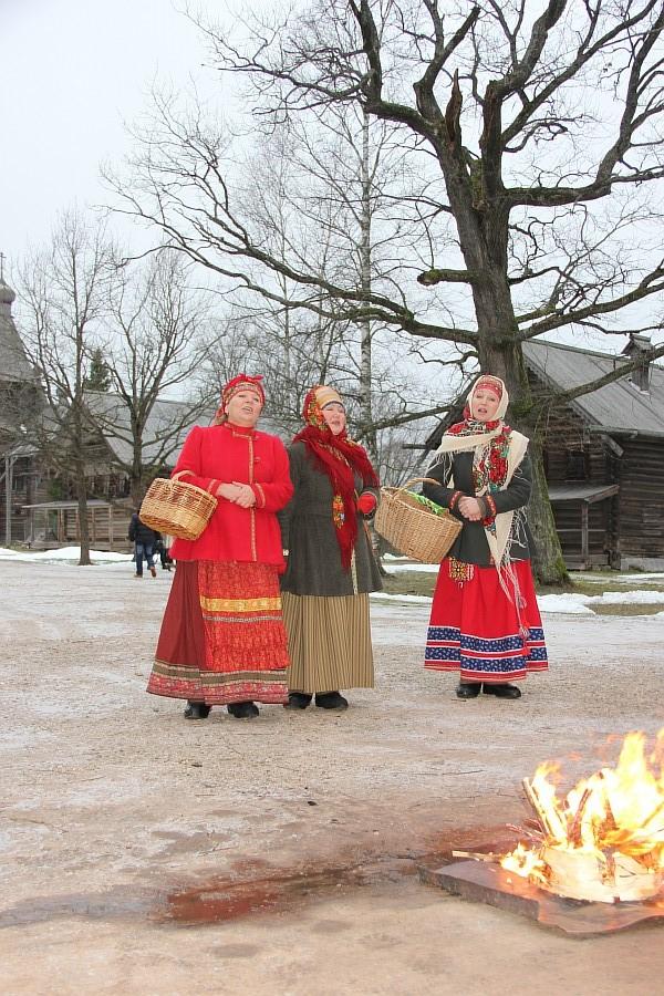 Свадебный поезд, Великий Новгород, путешествия, фотография, Аксанов Нияз, kukmor, of IMG_5053