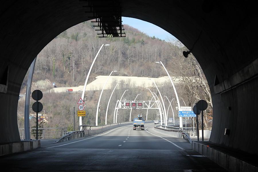 тоннели, эстакады,Сочи, дублер Курортного проспекта,  фотография, Трансстрой, Sochi2014,  тоннели, горы, Сочи2014, горы, АСУТП, of IMG_9855