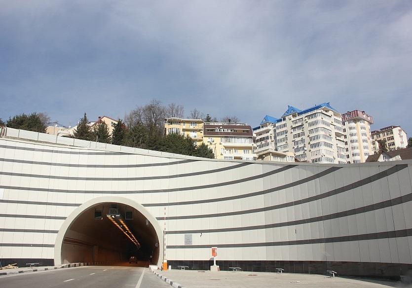 тоннели, эстакады,Сочи, дублер Курортного проспекта,  фотография, Трансстрой, Sochi2014,  тоннели, горы, Сочи2014, горы, АСУТП, of IMG_9990