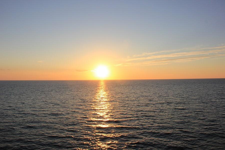 Закат, море, Хорватия, путешествия, красота, фотография, Аксанов Нияз, kukmor, яхта, яхтинг, мачта, жж, lj,  of IMG_4098