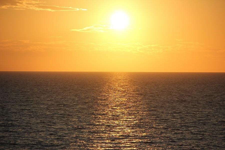 Закат, море, Хорватия, путешествия, красота, фотография, Аксанов Нияз, kukmor, яхта, яхтинг, мачта, жж, lj,  of IMG_4157