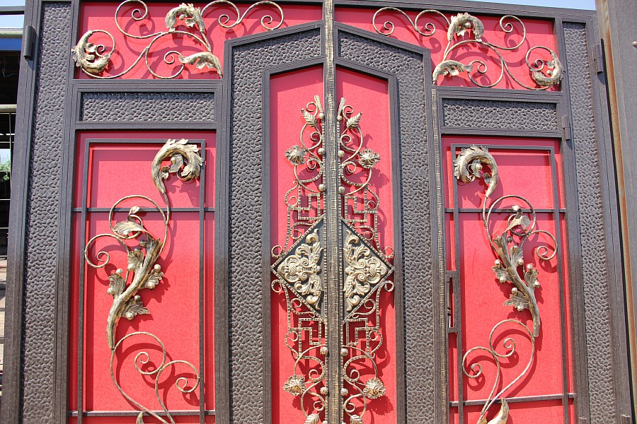 Изготовление металлических ворот на заказ в киеве кованые и. Фото ворот. Автоматические железные откатные ворота; железные ворота и.