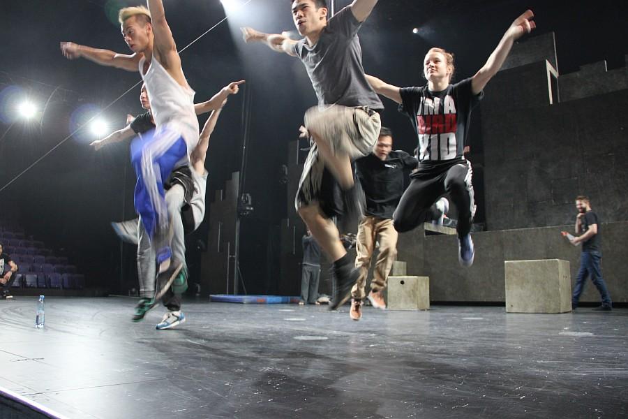 Казань, фотографии, Cirque Eloize, шоу ID, Аксанов Нияз, цирк, репетиция,  of IMG_4073