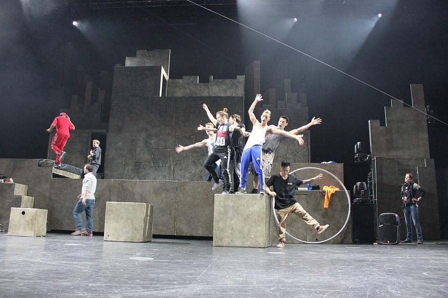 Казань, фотографии, Cirque Eloize, шоу ID, Аксанов Нияз, цирк, репетиция,  of IMG_4077