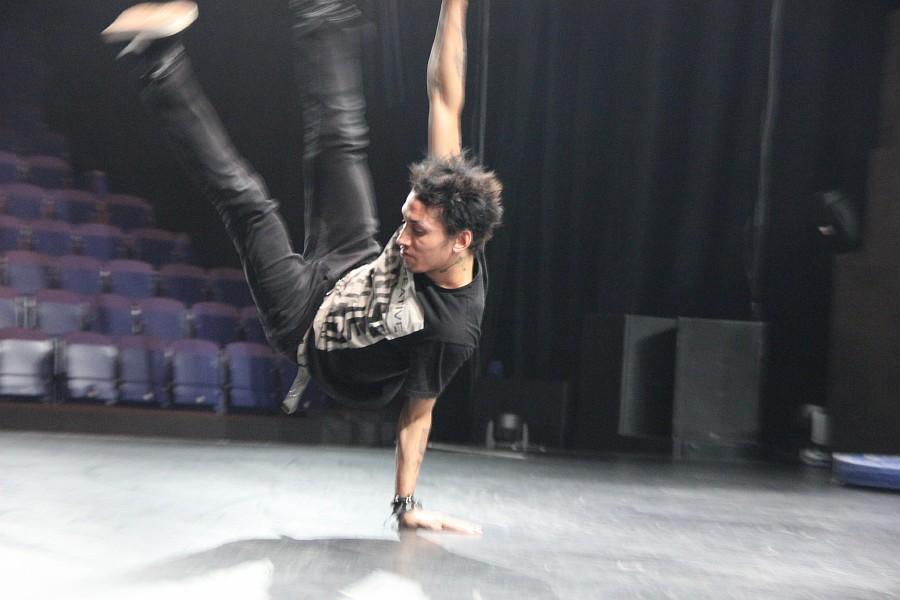 Казань, фотографии, Cirque Eloize, шоу ID, Аксанов Нияз, цирк, репетиция,  of IMG_4098
